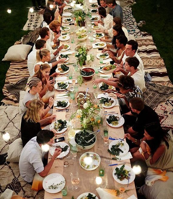 Outdoor entertaining ideas by Eye Swoon _ Dinner party